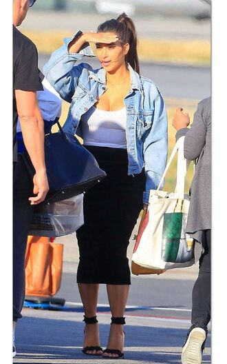 skirt spring outfits sandals kim kardashian kardashians denim jacket shoes white top black skirt black sandals
