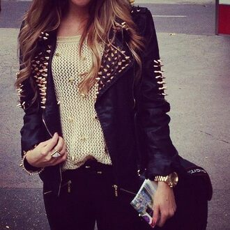 shirt beige jacket studs black gold leather jeans sweater girly edgy retro fesh geil wooooow wunderschön will haben sofort liebe love more sweet pullover verschluss clock ring hair cash nieten lether black leather jacket spiked leather jacket black spiked jacket leather jacket rivets studded jacket