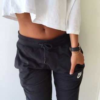 jeans pants nike sweatpants joggers grey track pants black hair accessory blouse sportswear joggers pants sports pants crop tops white crop tops top pajamas nike sweatpants leggings comfy sweats style jumpsuit black . nike sportswear shirt tights grey sweatpants nike pants