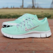 shoes,nike,nike free run 5.0,turkise,dimonds,nike free run,nike sparkles free runs,nike blue green sparkle,nike running shoes,nike shoes