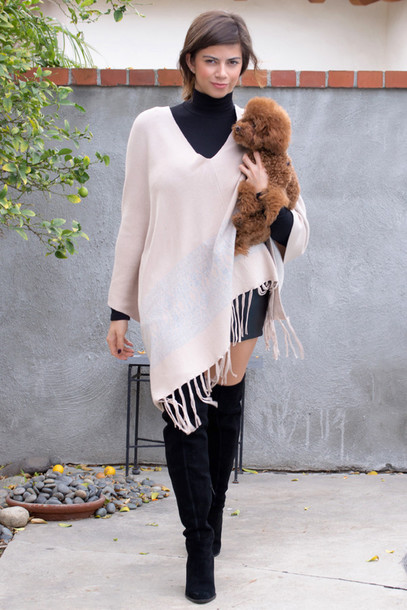 cardigan poncho fringes fringes fall outfits boots fashion style bohemian boho chic outfit musthave