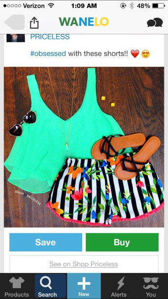 top green crop top
