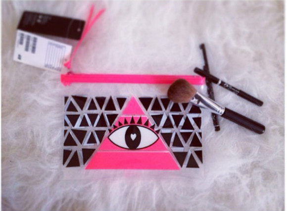 bag bags pink eyes make up cosmetic, eyebrows , makeup chanel cosmetic mac cosmetics cosmetic bag sugar cosmetics beautiful bags makeup bag fashion bags bags and purses hippie bag make up makeup brushes blogger uk blogger fashion, fashion blogger, asos, topshot, miley cyrus, kylie jenner, pyrex, rachelteetyler, help, teen blogger instagram, shoes, blogger, hipster, booties, dort boots, trend blogger style neon, orange, pink, color, shoes, high heels, want,