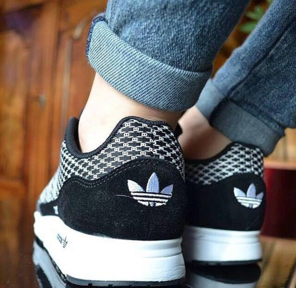 shoes black and white adidas