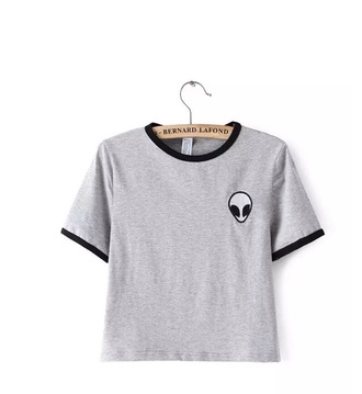 t-shirt shirt i am in love aliexpress blouse alien grey alien tumblr grey grey t-shirt crop tops black tumblr summer fashion style trendy cool casual boogzel