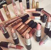 make-up,nyx,nude,party make up,beige,creme,lipstick,lip gloss,lips,red lipstick,red,pink,black,face,aliexpress,lipgloss tube,girl,contouring,highlighter,face makeup