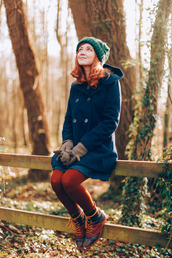 the clothes,blogger,tights,pea coat,blue coat,navy,hat,coat,dress,jewels,shoes