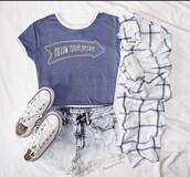 top,dark blue,blue,tumblr shirt,t shirt.,t-shirt,tshirt.,blue top,blue tshirt,blue shirt,shirt