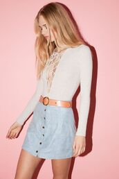 skirt,blue suede skirt,blue skirt,suede skirt,mini skirt,top,white top,lace up top,button up skirt