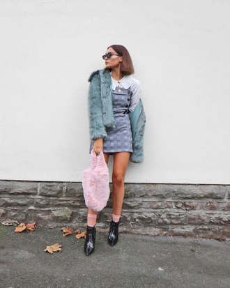 dress tumblr mini dress plaid plaid dress shirt white shirt jacket blue jacket fur jacket faux fur jacket bag furry bag pink bag boots black boots socks