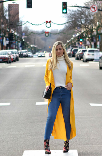 rachel'slookbook blogger jacket sweater jeans shoes sunglasses bag make-up turtleneck sweater long jacket yellow jacket