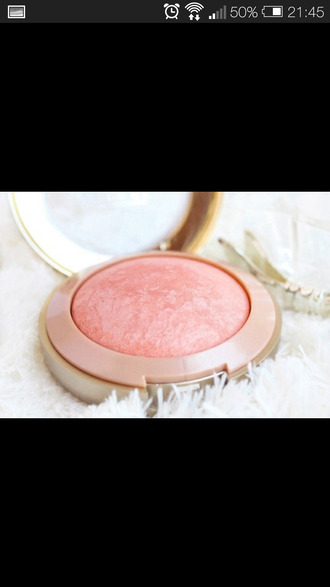 make-up blush highlighter