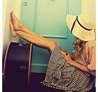 skirt striped skirt straw hat