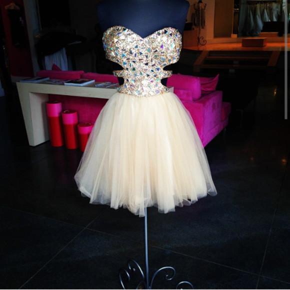 sweetheart neckline white dress open side dress