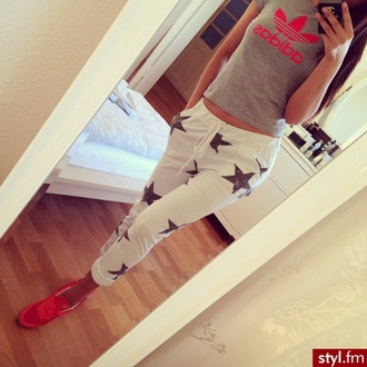 pants sweatpants stars adidas outfit red shoes sneakers white pants cell phone star sweatpants white sweatpants bedroom bitchescanthaveitall