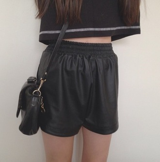 shorts leather cool peng tumblr indie tropical modern jeans denim chanel prada marcjacobs black shirt bag girl fashion high waisted