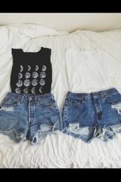 shirt,moon phases,moon,phase,cute,top,amazing,beautiful,tumblr,bethany mota,like,me,shorts