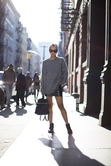 the haute pursuit blogger sunglasses grey sweater leather skirt