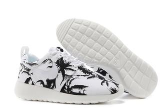 shoes nike roshe run palm tree size 7.5