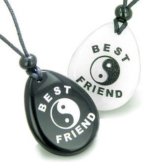jewels yin yang best friends necklace