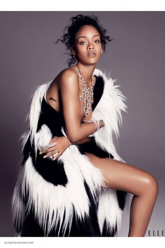 fur fur coat rihanna winter outfits