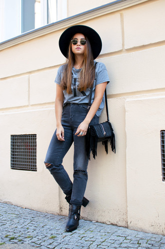 blaastyle blogger hat jeans bag t-shirt shoes sunglasses