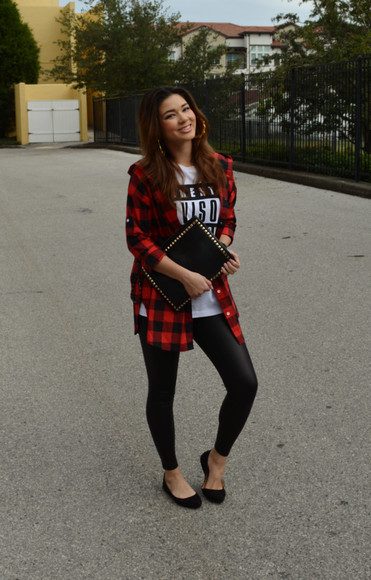blogger ballet flats raspberry jam flannel shirt quote on it white t-shirt leggings pouch