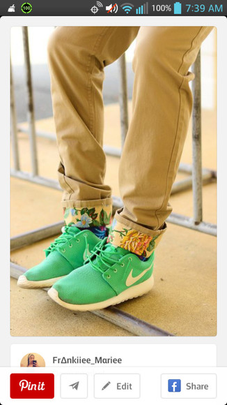 mint green khaki pants nike roshe run