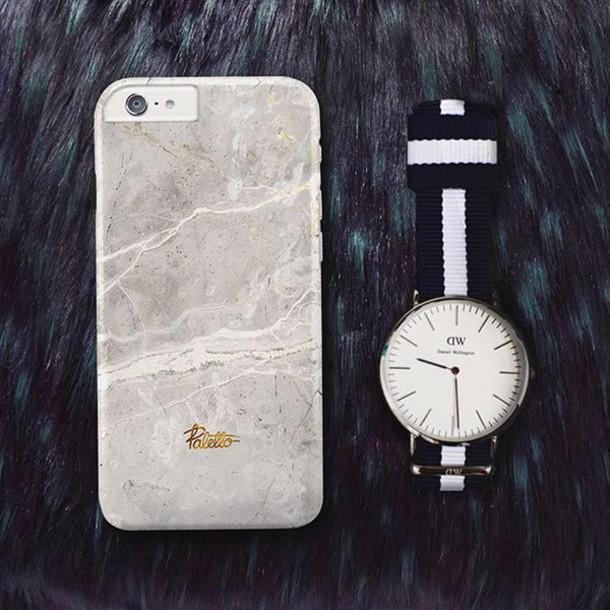 huge selection of e1cb5 b756b Phone cover, $31 at paletto-shop.com - Wheretoget