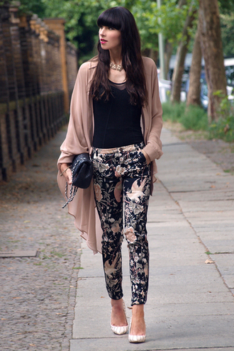 cardigan clothes floral oriental girls night out pink pants printed pants oriental print