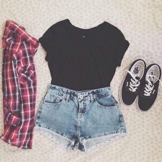 t-shirt red and white flannel black t-shirt denim shorts