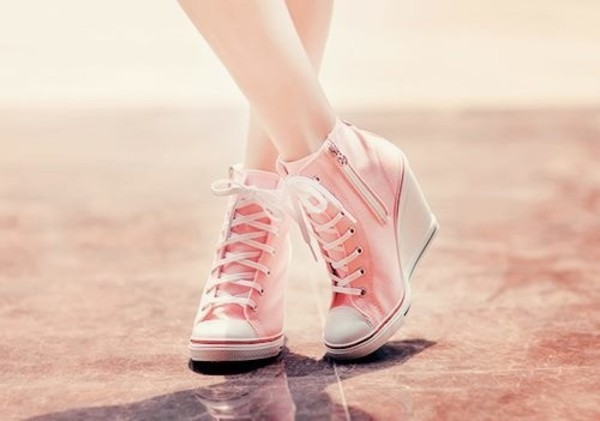 shoes zip pink pink shoes wedges wedges wedge heel sneakers girly cute pastel pink pastel white laces laces