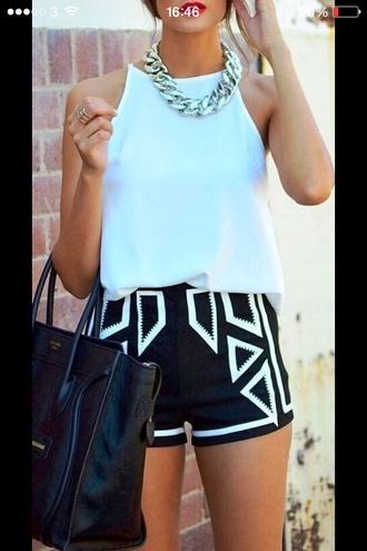 shorts style geometric
