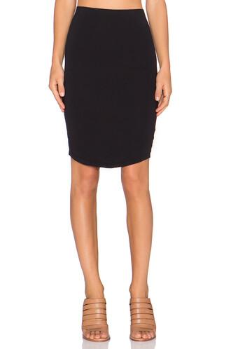 skirt back black