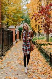 kelly in the city - a preppy chicago life,style and fashion blog,blogger,sweater,shoes,jeans