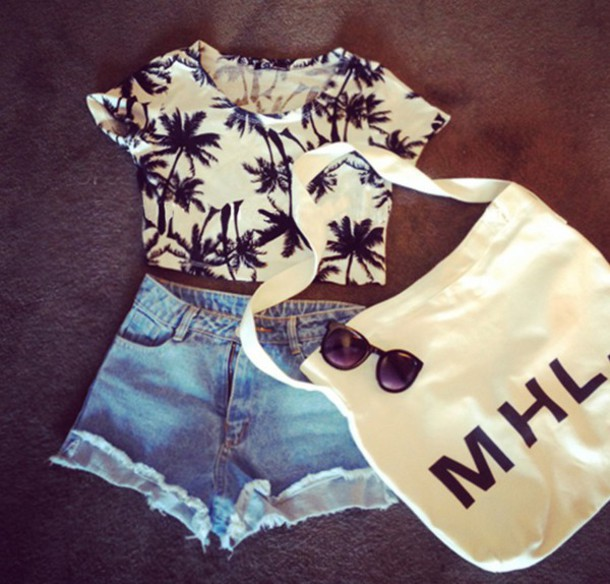 top croppped crop tops crop palm tree print black white bw cute shirt t-shirt fashion vogue internet tumblr hipster vintage boho bohemian summer quote on it bag jeans palm tree print quote croptop shorts