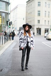 dulceida,blogger,fur coat,fluffy,leather pants,printed fur jacket,fur jacket,hat,felt hat,black hat,pants,black pants,black leather pants