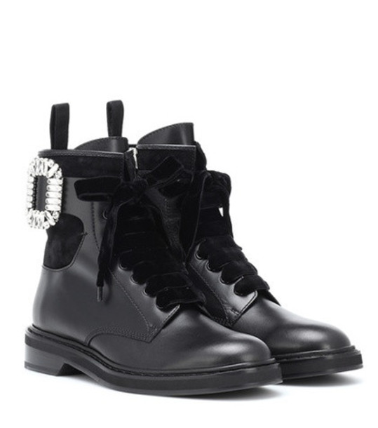 Roger Vivier Viv' Rangers Strass leather boots in black