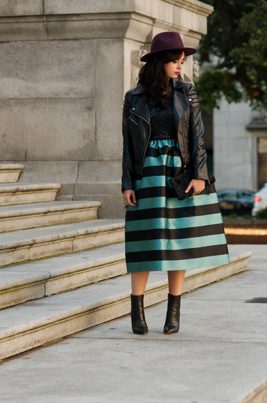 black boots blogger jacket leather jacket coco and vera stripes clutch felt hat