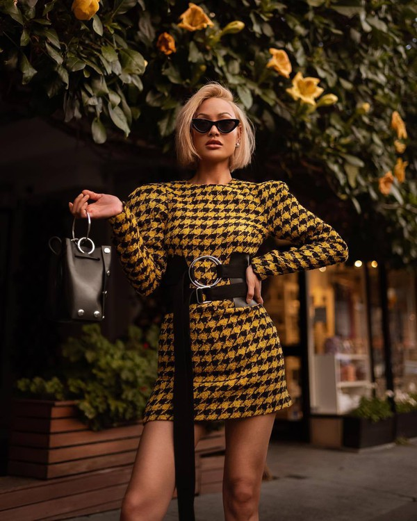 dress long sleeve dress mini dress puffed sleeves belt handbag cat eye earrings sunglasses leather bag