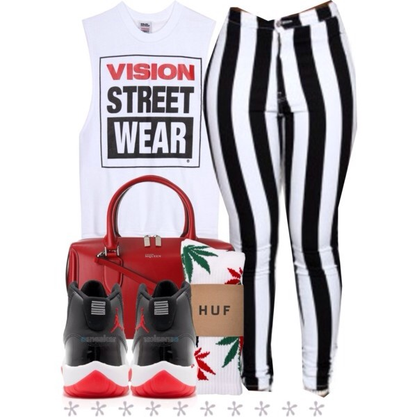 pants black and white sweatshirt retro jordans alexander mcqueen sweater bag shoes