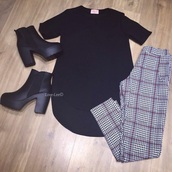 shoes,heels,boots,black boots,leggings,tartan,black top,style,outfit,top,shirt,dress