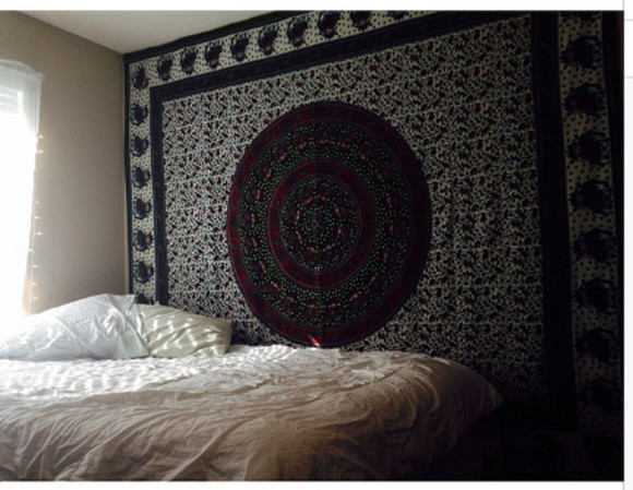 wall hipster shirt tumblr tapestry bed room