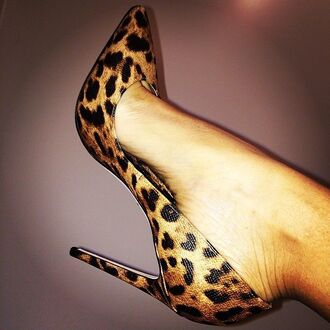 shoes heels high heels leopard print cheetah print high heels