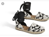 shoes,espadrilles