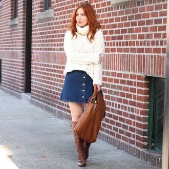tf diaries blogger denim skirt button up skirt brown leather bag brown boots oversized turtleneck sweater