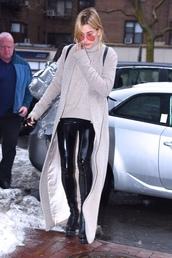 sweater,pants,model off-duty,coat,hailey baldwin,streetstyle,ny fashion week 2017,fashion week 2017,nyfw 2017