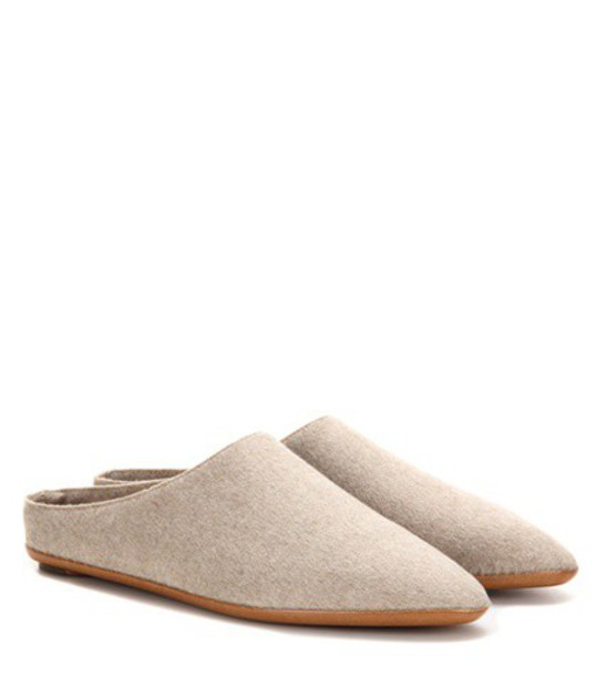 The Row Bea Cashmere Slippers in neutrals
