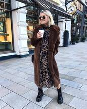 coat,faux fur coat