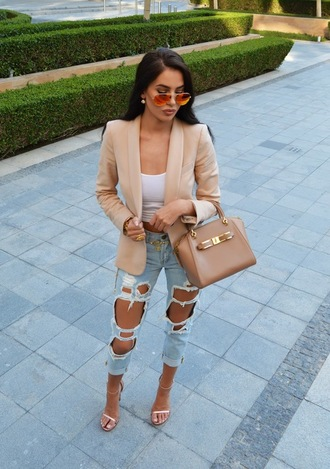 jeans cute outfits single strap heels long hair denim blue jeans ripped jeans hole jeans blazer beige outfit sunglasses single strap bag single stripe jacket bag shoes black hair